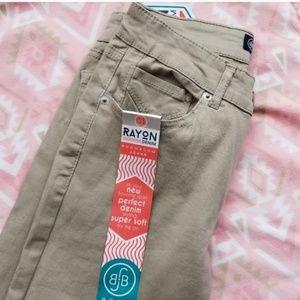 BOOM BOOM JEANS Skinny Rayon Khaki Pants